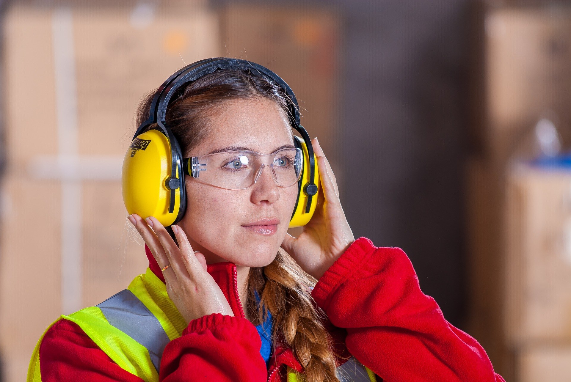 Steps Manufacturers Can Take to Improve The Performance Of Their Workforce